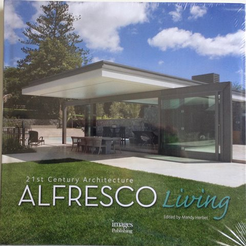 Front cover of Alfresco Living edited by Mandy Herbert