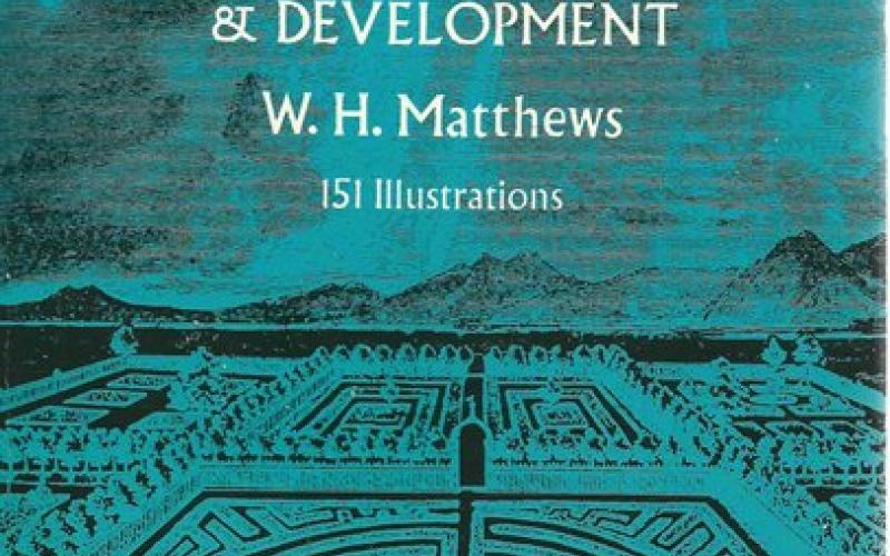 Front Cover of Mazes & Labyrinths by W H Matthews